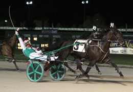 Dinky Dune captured the Pete Langley Memorial by a length over Earndawg in 1:51.4.